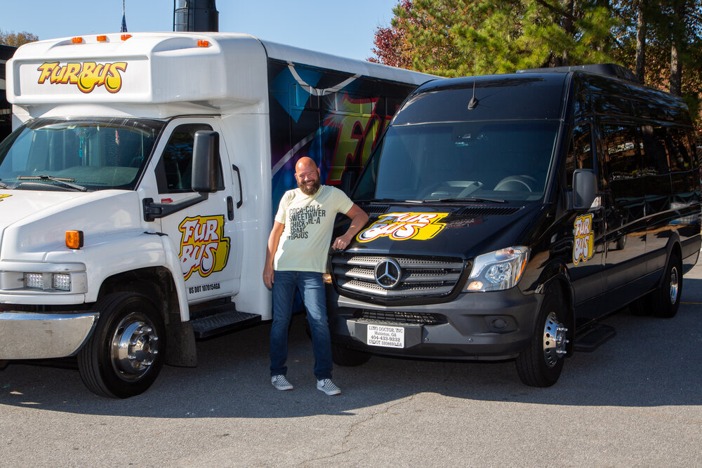 Tips on Choosing The Best Party Bus Service